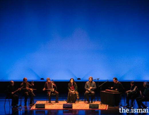 اجرای مژگان شجریان در مراسم جایزهی آقاخان