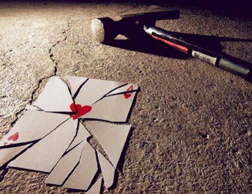 رمان عاشقانه راهی مطمئن برای نابودکردن عشق است